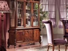Витрины, шкафы в классическом стиле